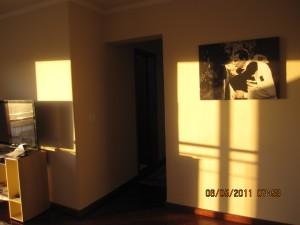 Ainda na sala: olha a tela que eu mandei fazer com a minha foto preferida da E-Session!